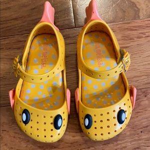 Mini Melissa fish sandals shoes toddler size 6